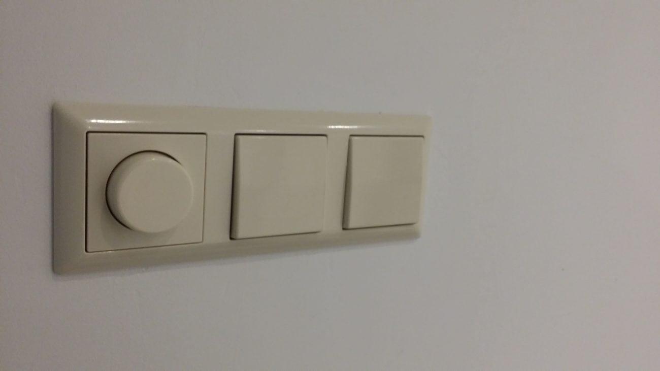 Dimmer-plaatsen-voor-led-spots-in-badkamer.jpg